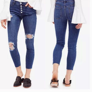 NWT Free People Reagan Raw-Hem Skinny Jeans